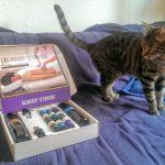 Das Reindrop-Technique-Set mit der Katze Xoco